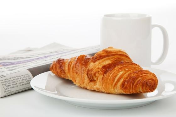 diario, café y medialuna